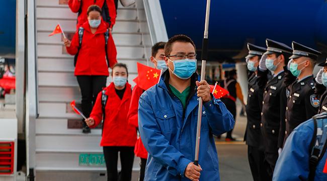 重慶對口支援湖北孝感醫療隊首批隊員順利返渝
