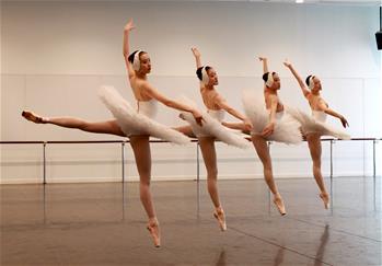上海芭蕾舞團舉行年度考核