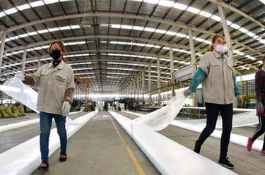 江蘇連雲港:穩定外貿産業鏈 出口訂單生産忙