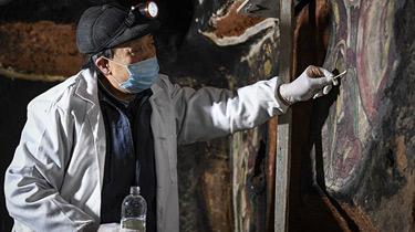 寧夏須彌山石窟壁畫百年後首次迎來搶救性修復