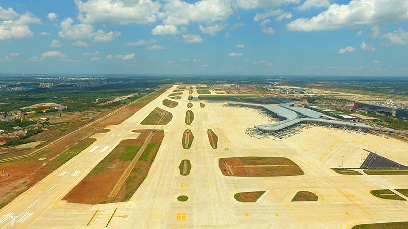 海口美蘭國際機場二期擴建項目將于6月1日開始校飛