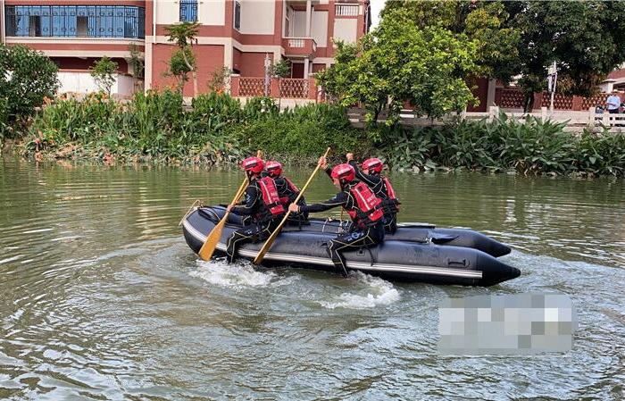福建:防汛抗洪 跨區域來演練