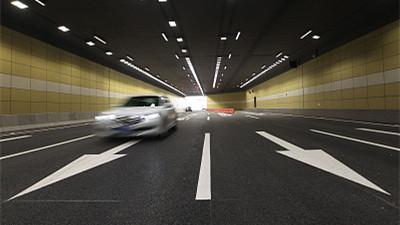 廣深高速虎背山隧道段部分車道封閉施工