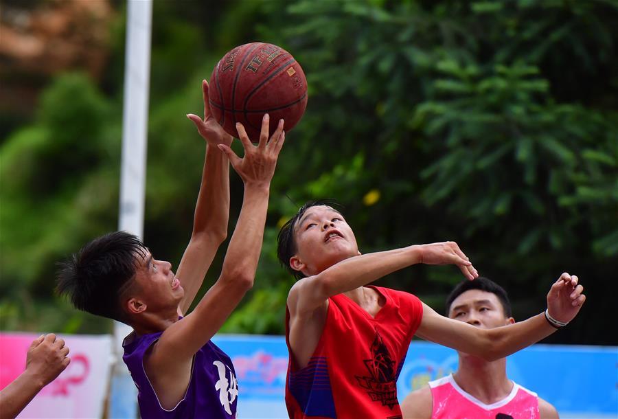 全民健身——打籃球 迎佳節