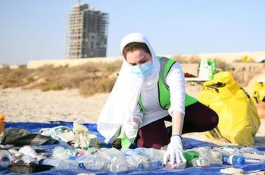 科威特:清潔海灘
