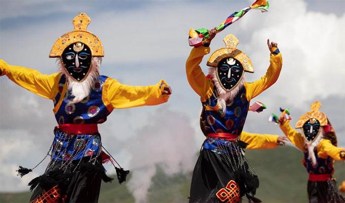四川色達:歡度金馬文化節