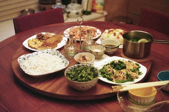 """剩飯菜少了,小份菜多了——餐飲業杜絕""""舌尖上的浪費""""觀察"""