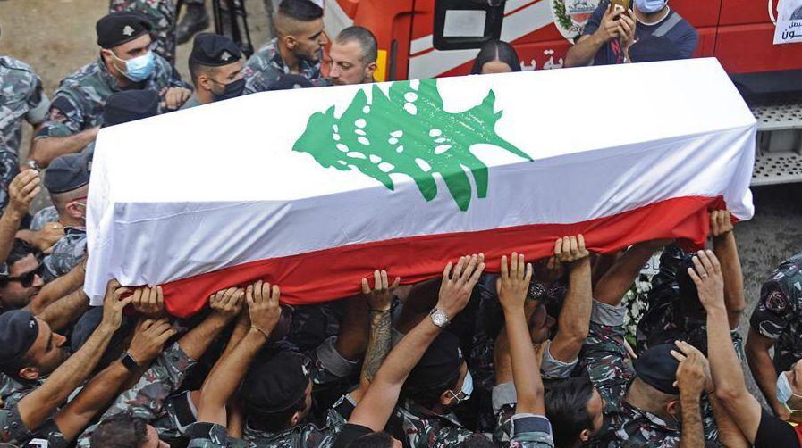 黎巴嫩貝魯特:送別大爆炸事故犧牲消防員