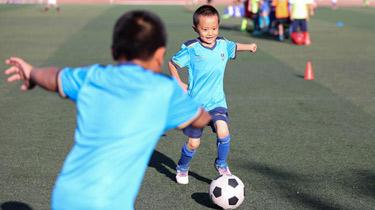 寧夏銀川:快樂足球 樂享暑假