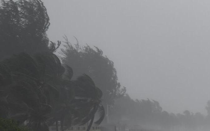 海南發布臺風四級預警