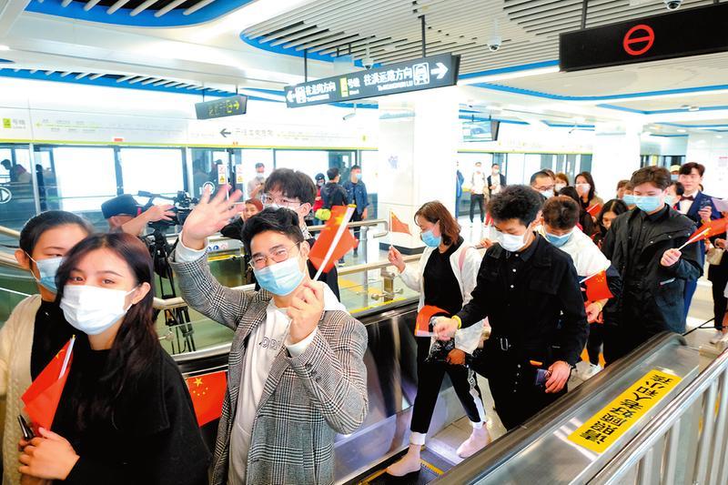 南寧地鐵4號線及2號線東延線11月23日開通運營