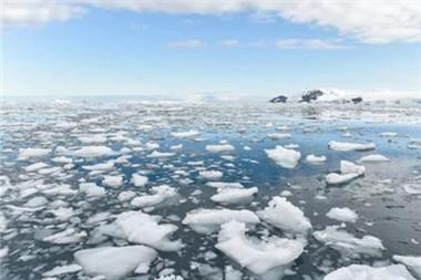 南極冰蓋表面融化面積佔比近兩成
