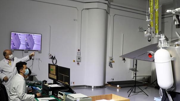 """香港理大揭秘:如何助力嫦娥五號月球""""挖土""""成功?"""