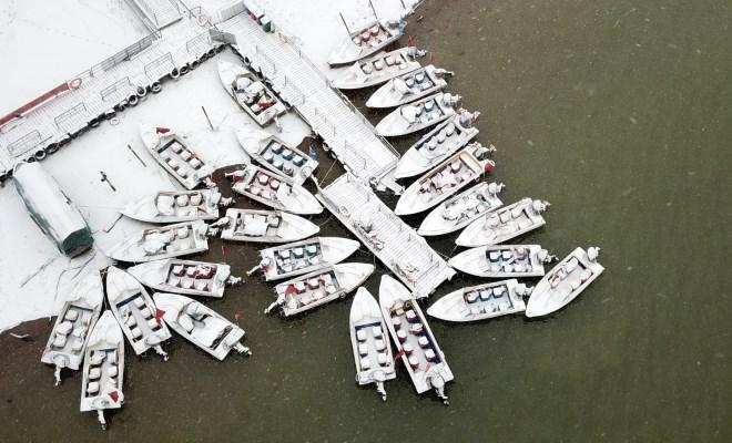 雪映金城 水墨蘭州