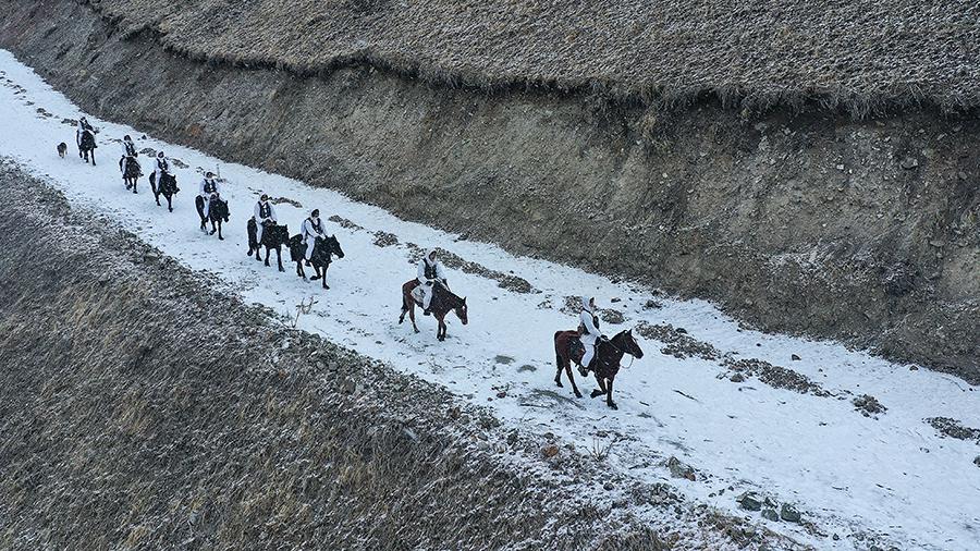 新春走基層|夏爾西裏深處的第一次馬巡