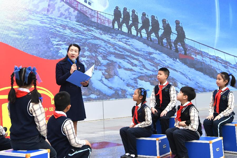 春天,播下信仰的種子——廣西南寧市濱湖路小學開學見聞