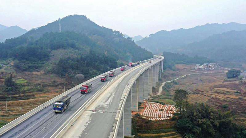 廣西加快推進77項高速公路開工續建項目建設