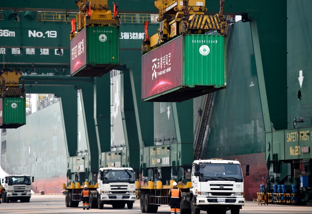 全球最大集裝箱海運聯盟在天津港開通歐洲新航線