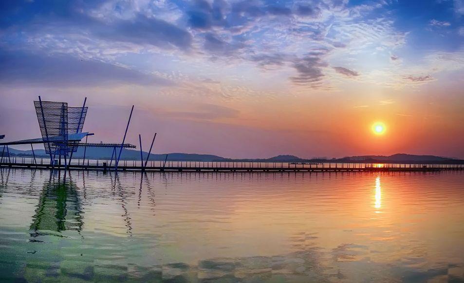 建設高品質美麗湖灣區 打造高質量發展標桿區