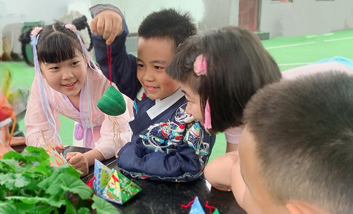 北京:小學裏的濃濃端午味