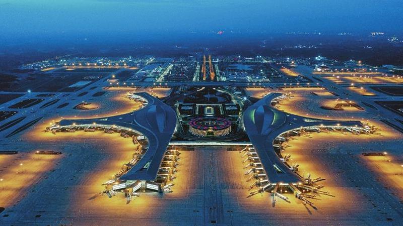 成都天府國際機場幻彩流光