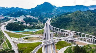 貴州石玉高速公路即將建成通車