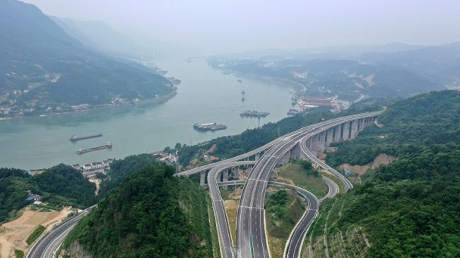 三峽翻壩江北高速通車在即 三峽樞紐通過能力再提升