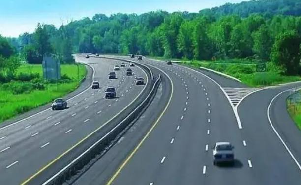中秋假期湖南高速出入口總流量預計達851.2萬輛