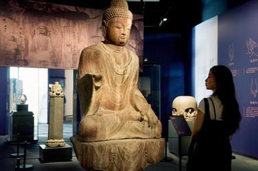 龍門石窟藝術珍品在上海展出