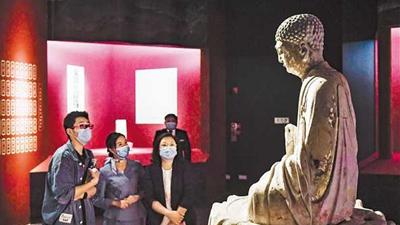 """""""大足石刻特展""""亮相國家博物館 專家介紹如何讓千年石刻活在當下、服務當代"""