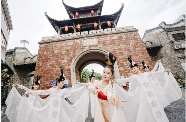 中秋節打卡華僑城旅遊景區