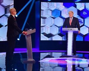 """英國選前最後辯論 前首相布萊爾建議""""差中選優"""""""