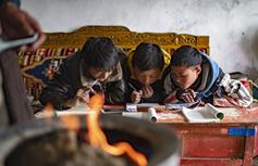"""當課堂搬到""""雲端""""——疫情大考中的西藏教育信息化答卷"""