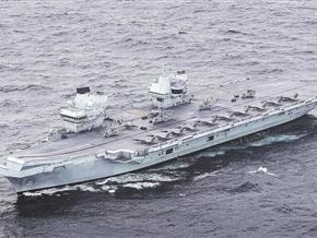 海空力量強強聯合,英航母戰鬥群蓄勢待發
