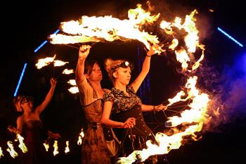 第十三屆波蘭火焰藝術節精彩上演