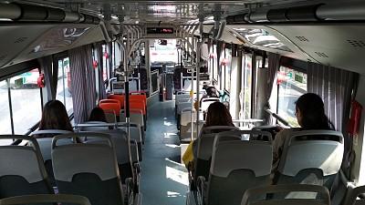 哈站北廣場6條公交線路開展延時服務