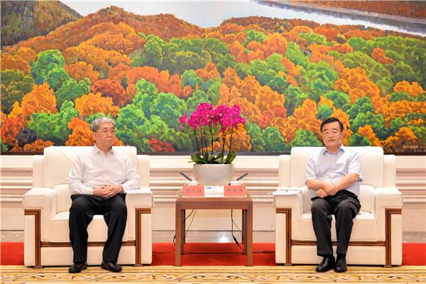 張慶偉會見中國船舶集團董事長雷凡培一行