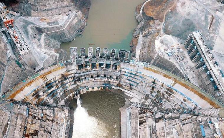 白鶴灘水電站開始蓄水