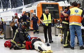 西班牙巴塞羅納發生列車事故造成48人受傷