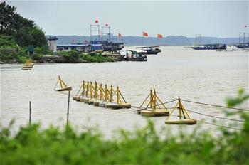 江蘇洪澤湖水位上漲 加大泄洪流量