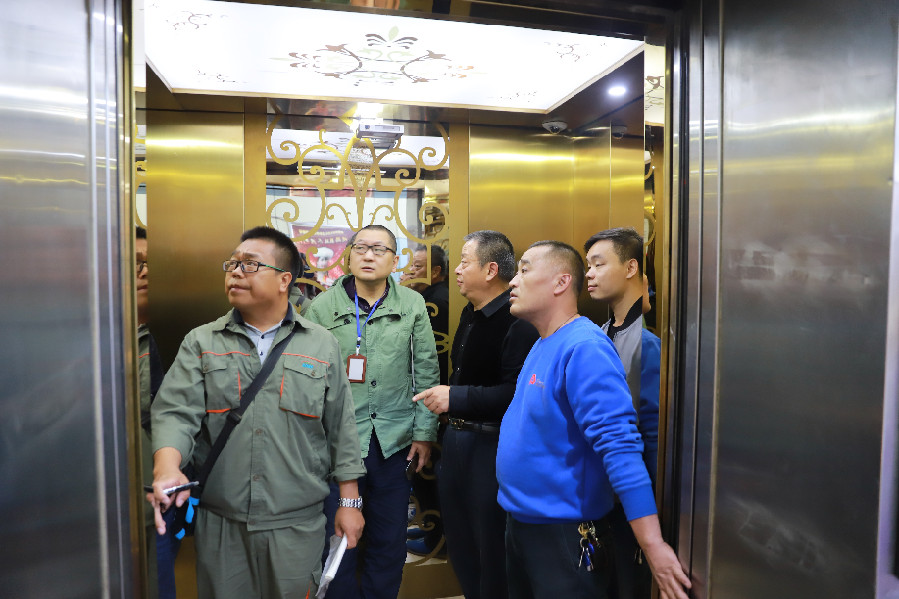 自治区质监局开展两节期间特种设备安全大检查