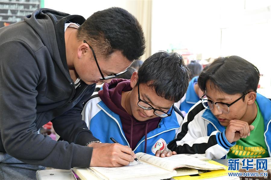 """(教育)(4)湖北省""""组团式""""教育援藏见成效"""