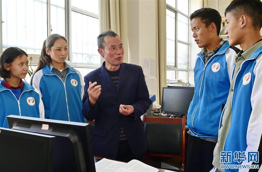 """(教育)(5)湖北省""""组团式""""教育援藏见成效"""